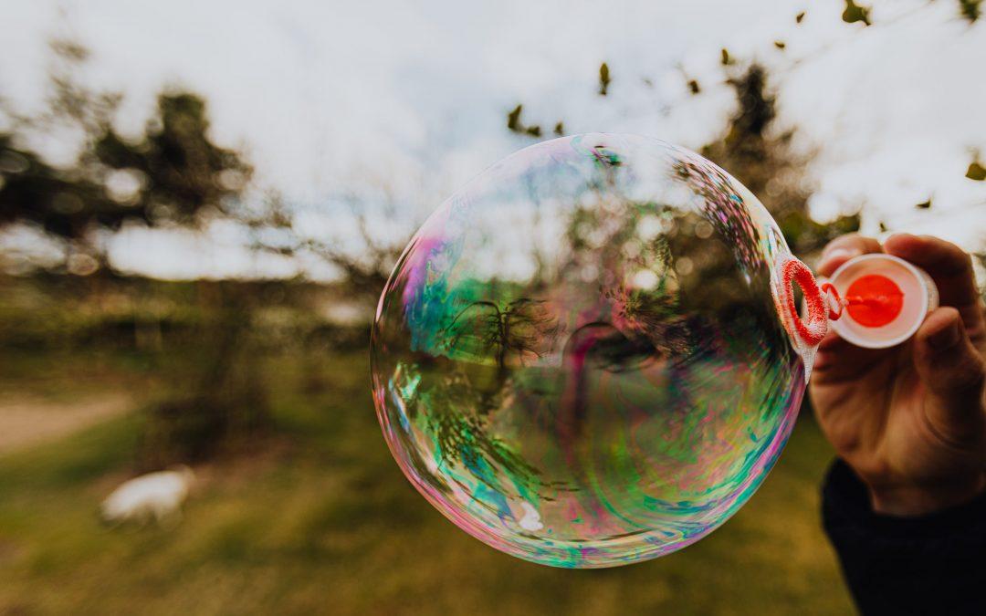 AntiCOVID: Nástrahy života v bubline a nástroje pre jeho kultiváciu