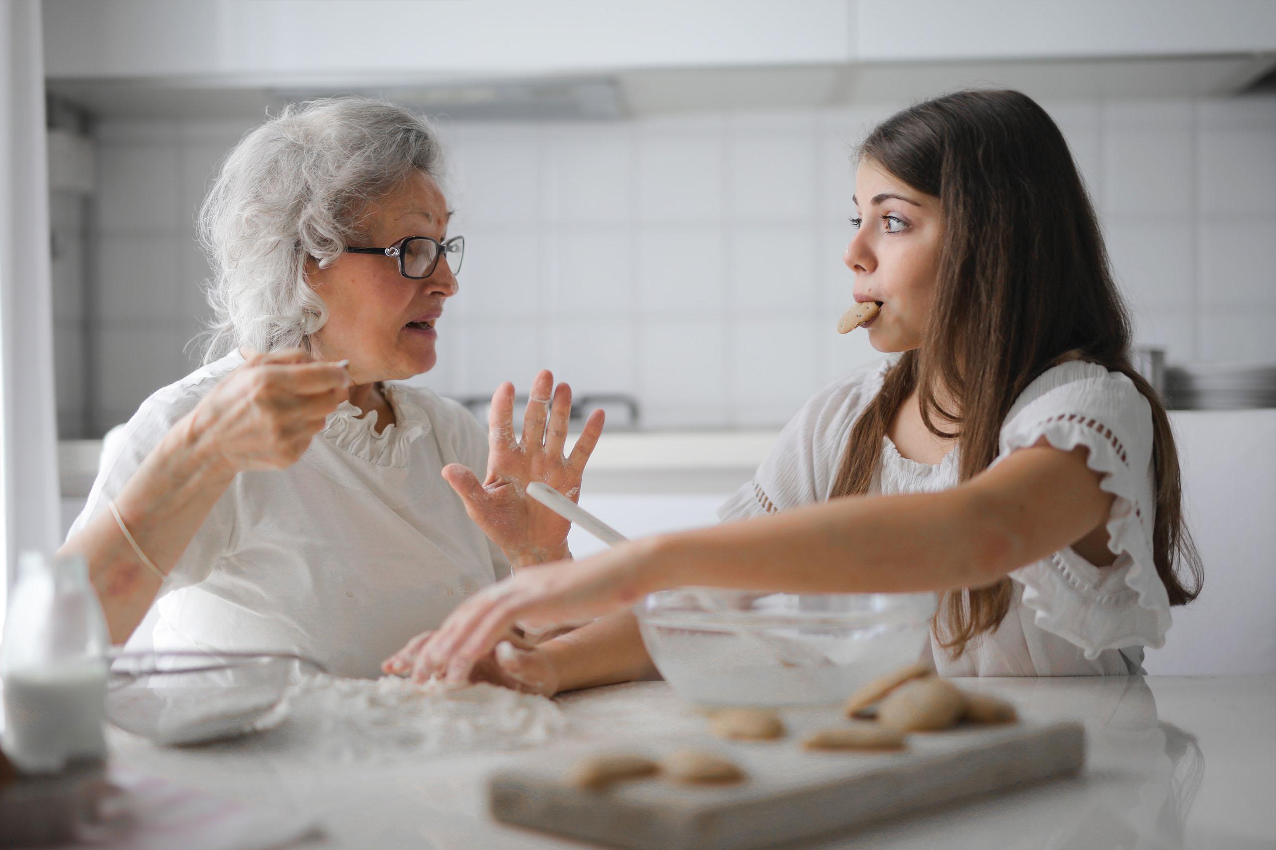 Rodinný kRok: Poznanie rodinnej histórie nás robí zdravšími – 22 zaujímavých otázok pre starých rodičov (main)